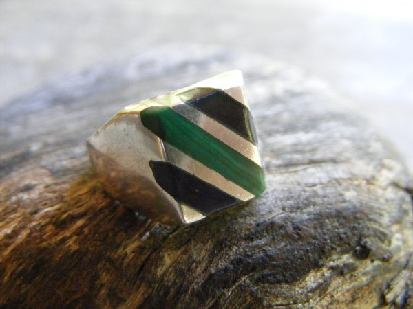 Multi-Stone Inlaid Ring – Vintage Mexican