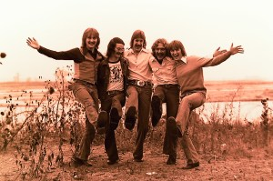 Silver Laughter 1976 - Jon, sound and light man Carl Frisch, Ken, Paul and Mick
