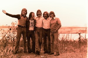 Silver Laughter 1976 - Jon, Sound and Light Man Carl, Ken, Paul and Mick