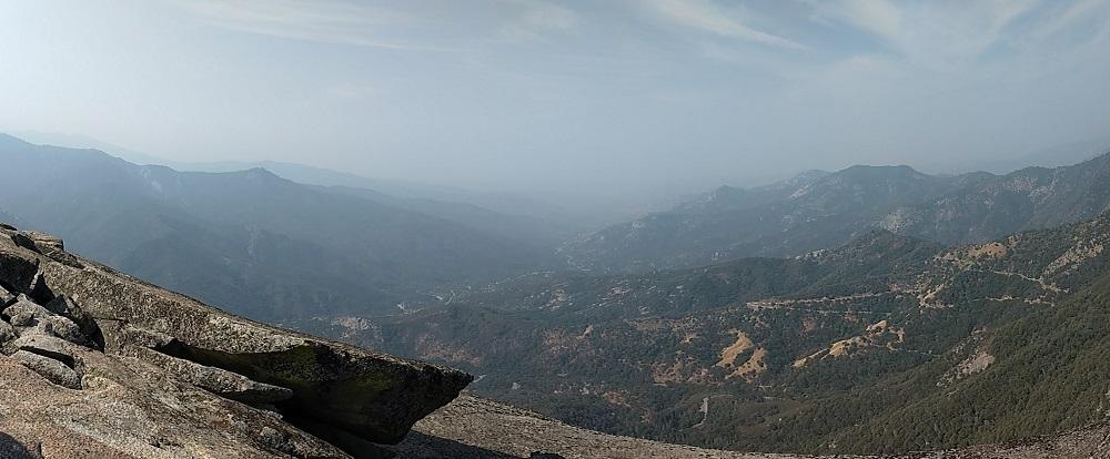 Moro Rock Trail Guide