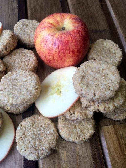 Galletas de Manzana, Avena, y Mantequilla de Maní 10