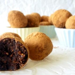 Bolitas de Higo con Cacao, Cardamomo, y Naranja 1