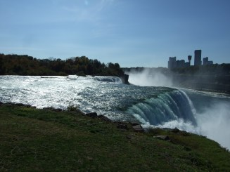 American Falls from the ground