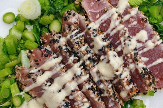 pepper crusted tuna featured