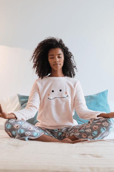 black woman meditate