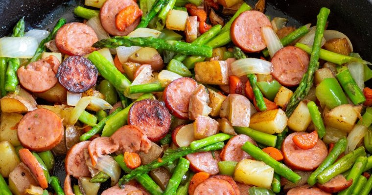 Cajun Asparagus and Sausage Skillet