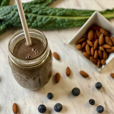 Kale, Blueberry, and Almond Butter Smoothie