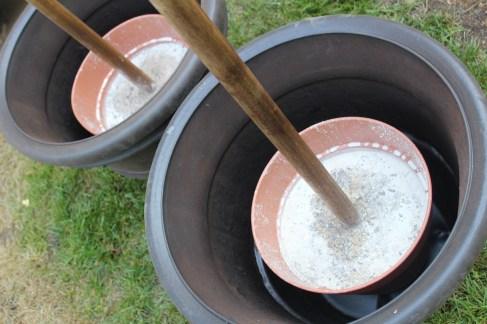 light flower poles_larger pots