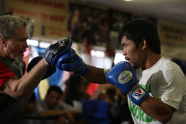manny pacquiao boxer boxing southpaw trainer freddie roach