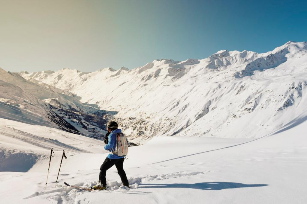 skiing snow mountains exercise induced rhinitis