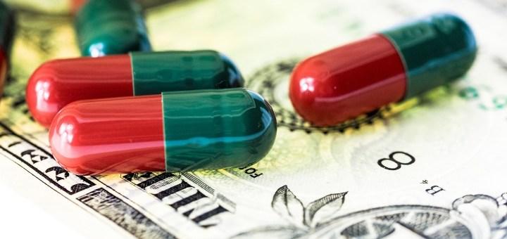 pills drugs on banknote money