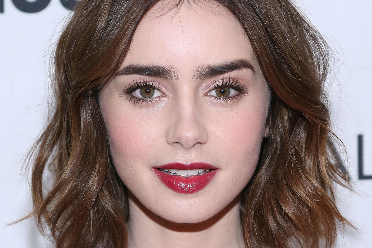 15 Of The Best Hairstyles For Medium Length Wavy Hair The