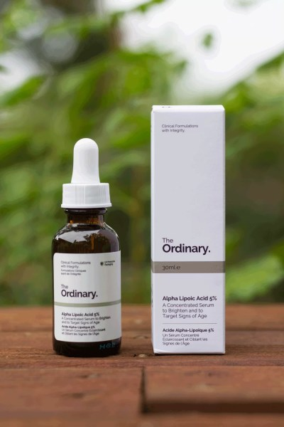 The Ordinary Alpha Lipoic Acid packaging box and bottle