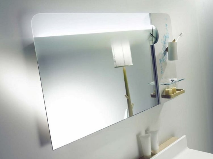 Enjoy Your Bath Time With These Beautiful Design of Bathroom Mirror Ideas 9