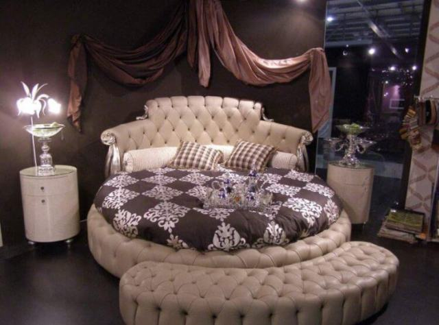 10 Exquisite Modern and Classic Round Beds for Your Sleep Space 1
