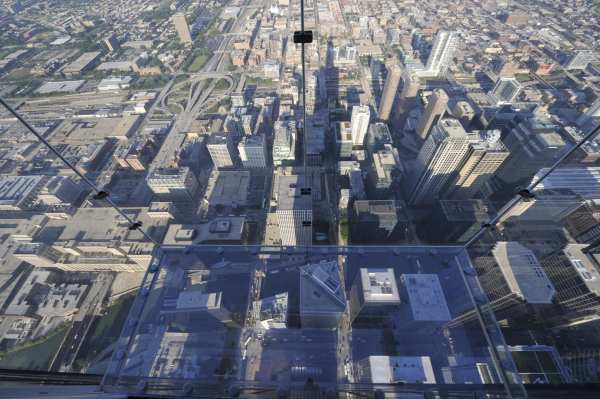 Skydeck Chicago Facts Ledge