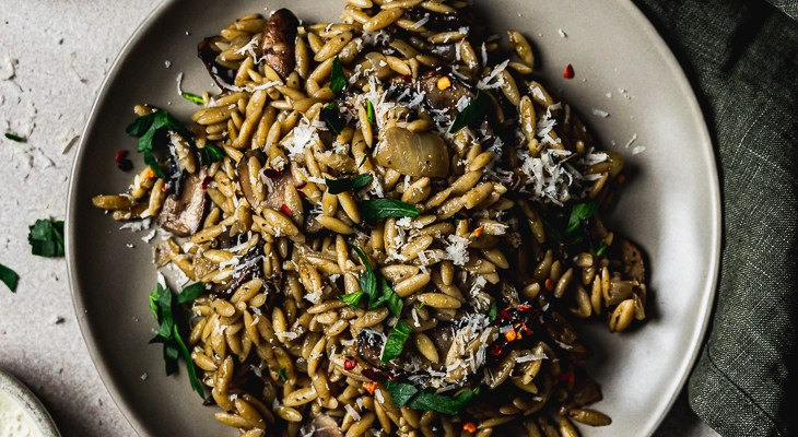 Delicious & Easy Orzo with Mushroom