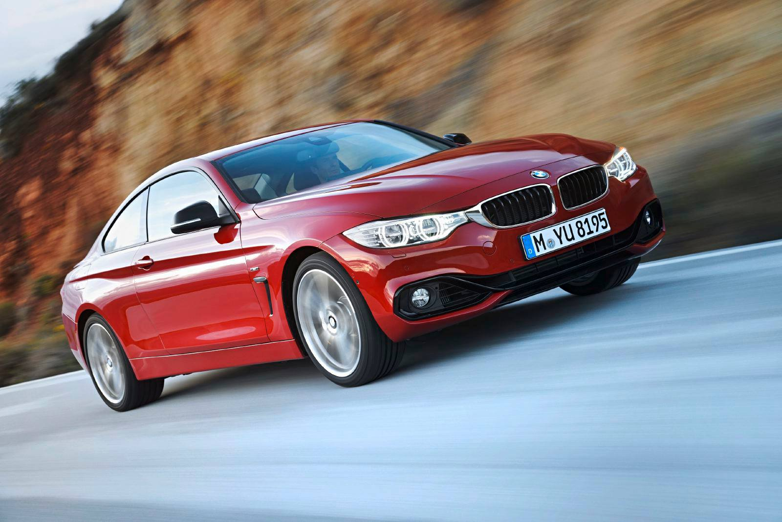 SMADEMEDIA 2014 BMW 4 SERIES COUPE (38)