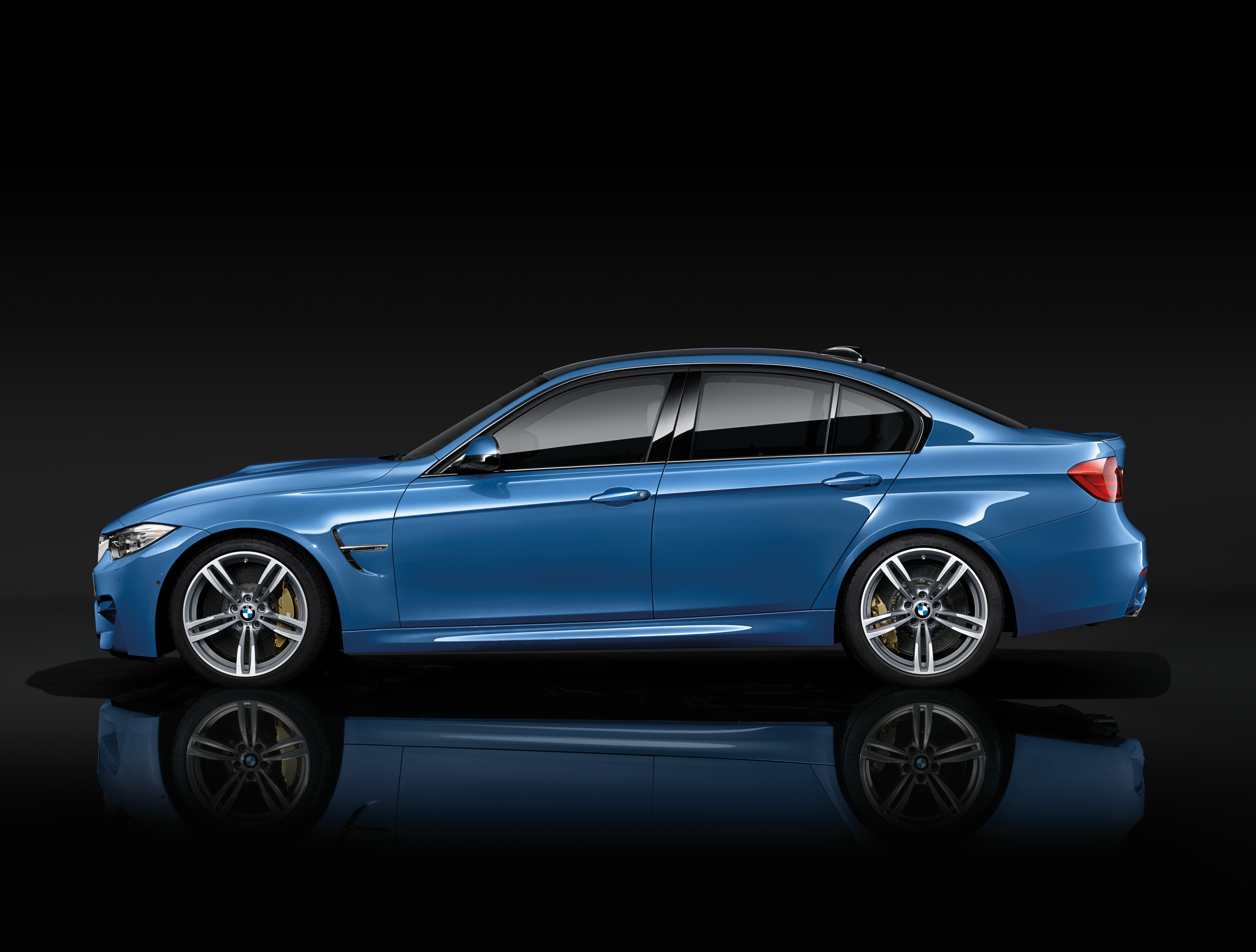 2015 BMW M3 Sedan Stills - (5) - SMADEMEDIA.COM Galleria