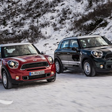 MINI Paceman and Countryman Snow Date - (2) - SMADEMEDIA.COM Galleria