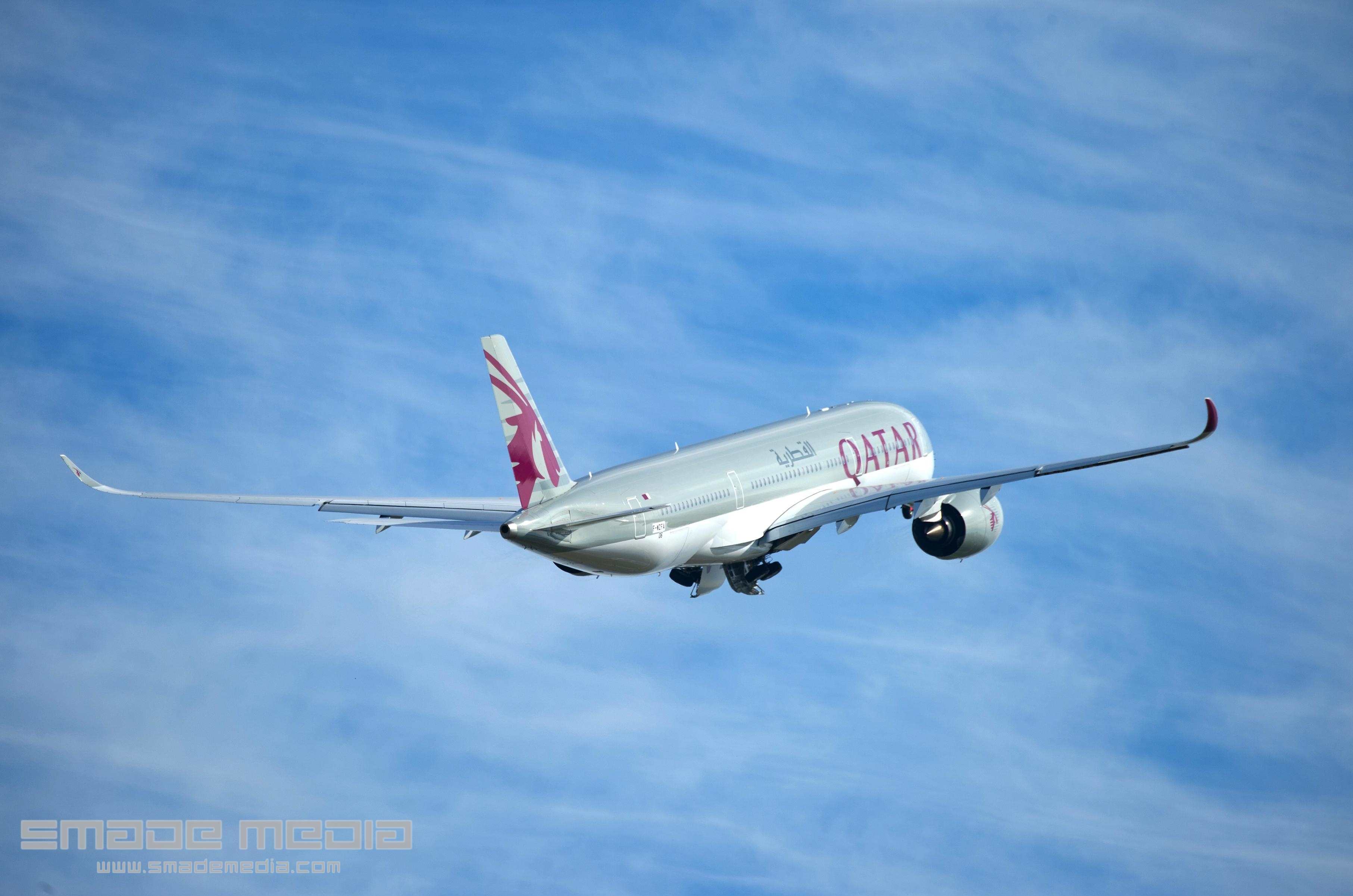 QATAR A350 Roll Out AND First Flight - SMADE MEDIA (10)