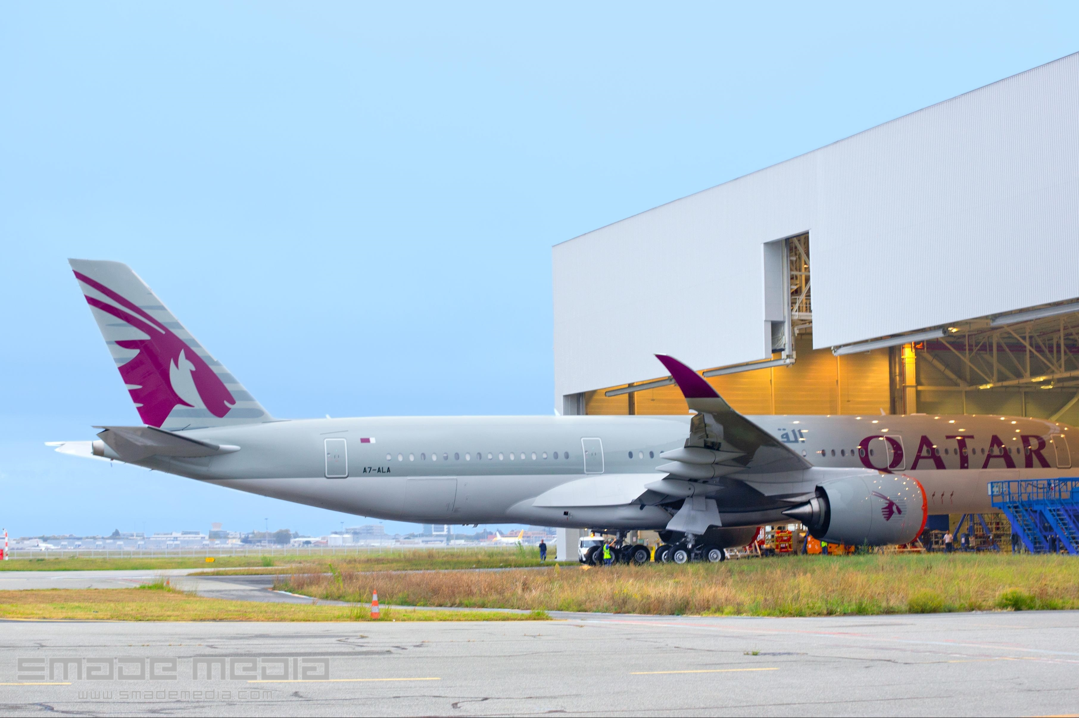 QATAR A350 Roll Out AND First Flight - SMADE MEDIA (2)