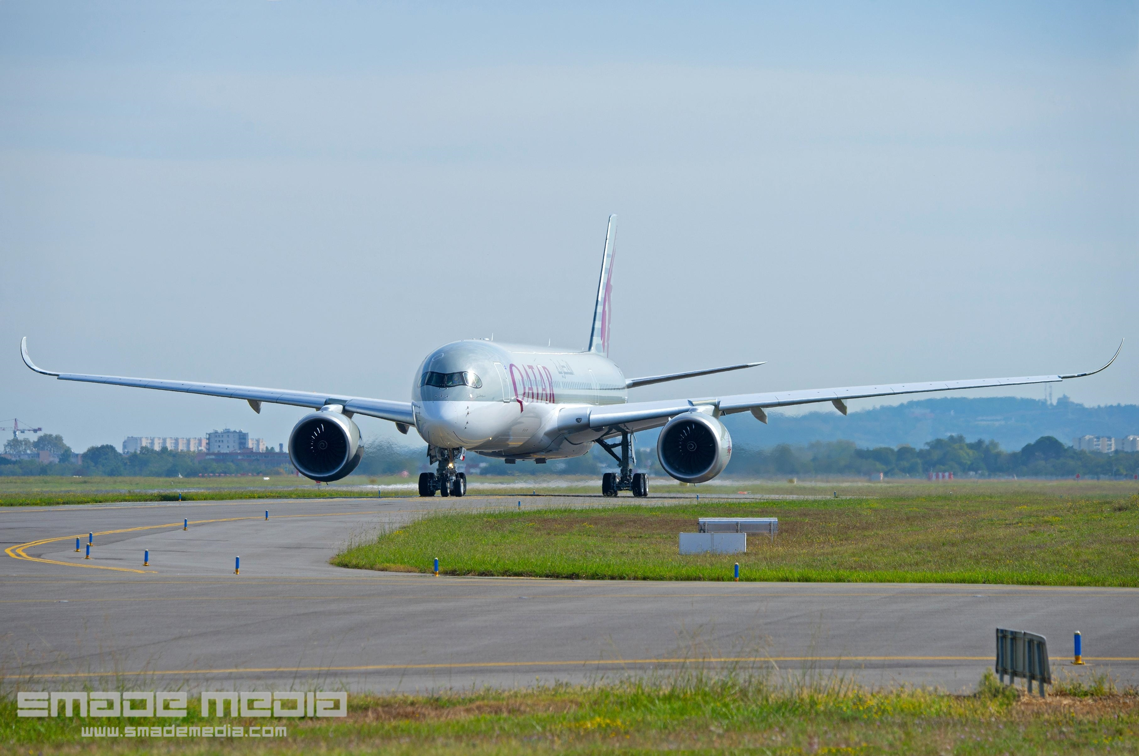 QATAR A350 Roll Out AND First Flight - SMADE MEDIA (8)