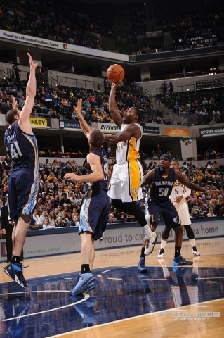GRIZZLIES PACERS 103114 - SMADE MEDIA (12)