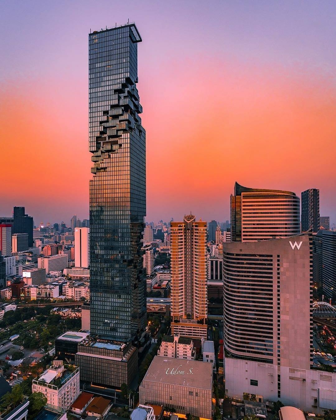 SpectacularBuildings mahanakhon