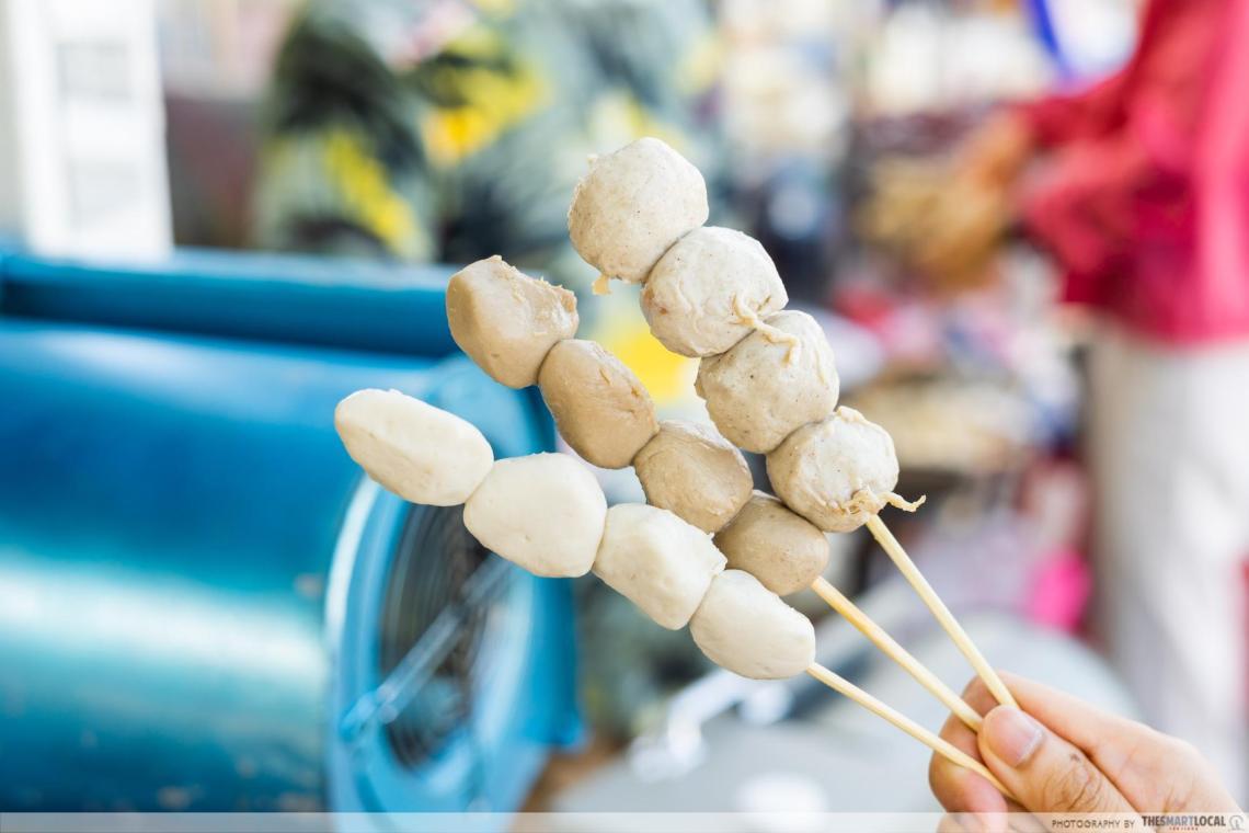 Kuay Tiew Chomyut meatballs