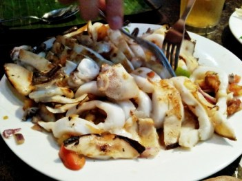 b2ap3_thumbnail_Street-Food---Dampa-Paluto-Seafood-07-Grilled-Squid.jpg