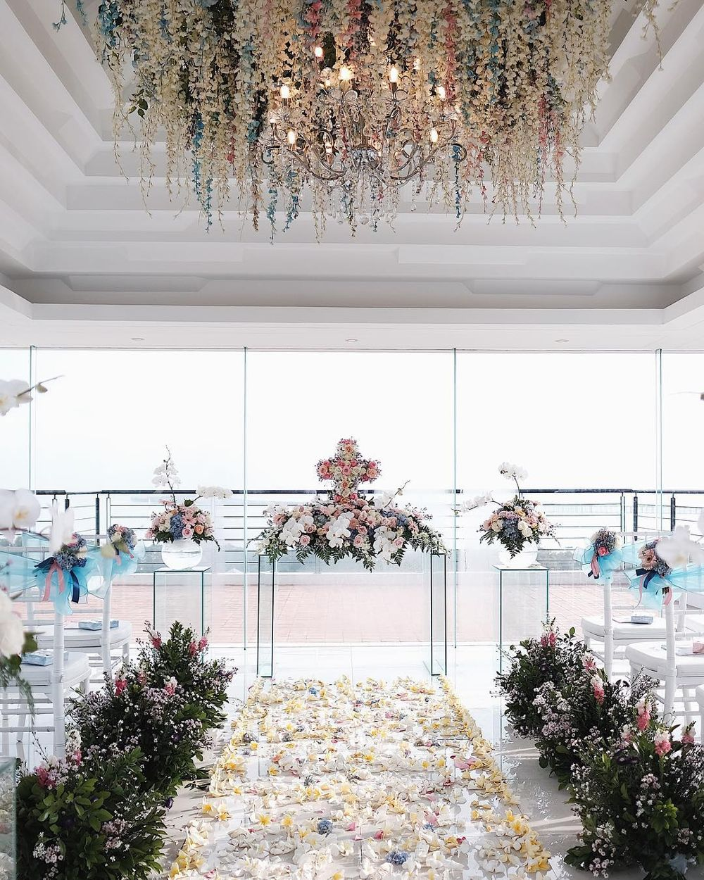 Inside Oracle Chapel with decor