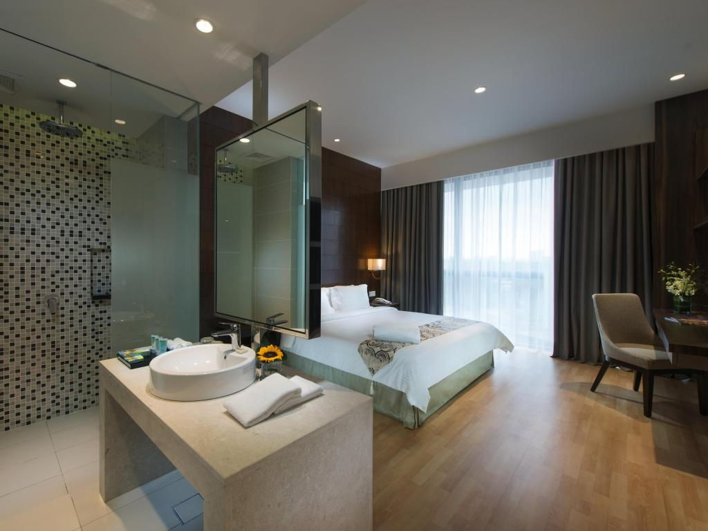 d majestic place swiss garden infinity pool rooms