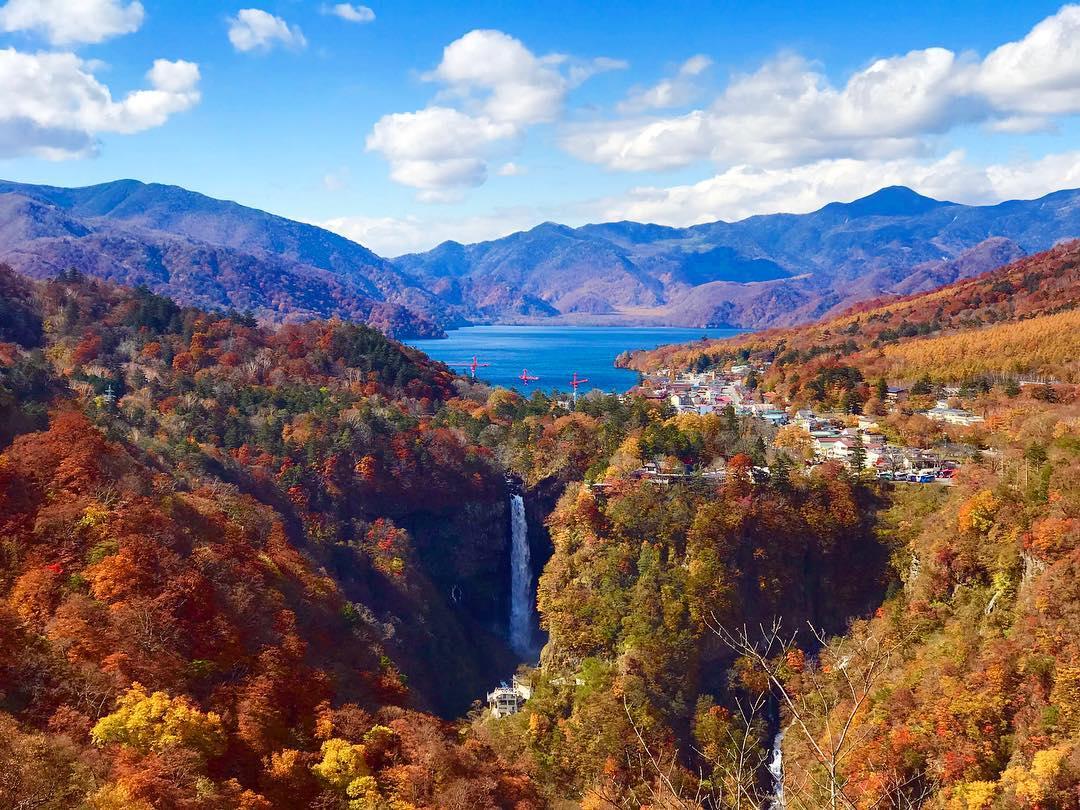 Autumn Japan 2019 lake chuzenji