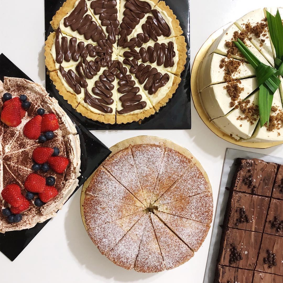 danga bay in jb - cakes from kisswonderbake at ema's kitchen