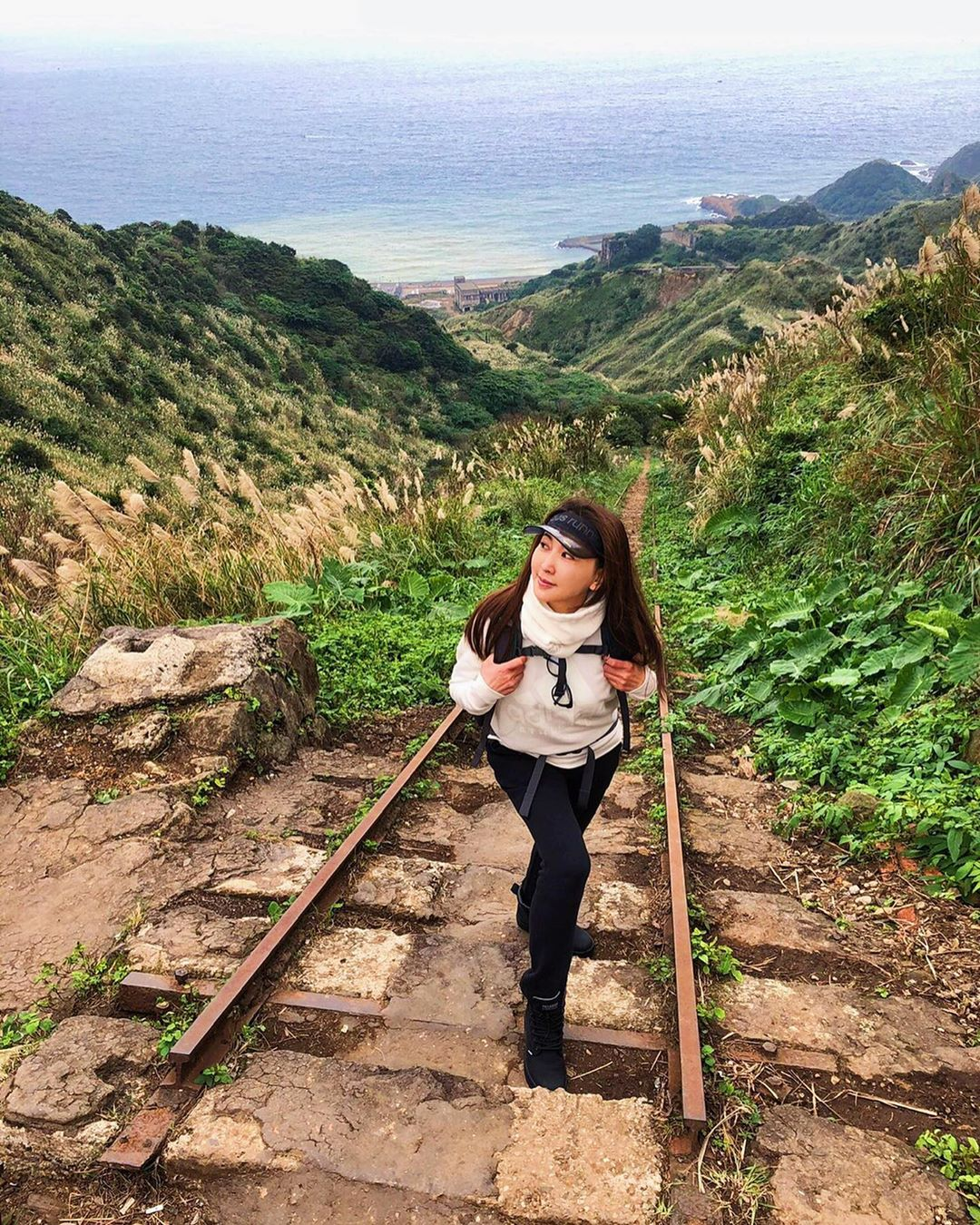 Chahushan Trail (Teapot Mountain)