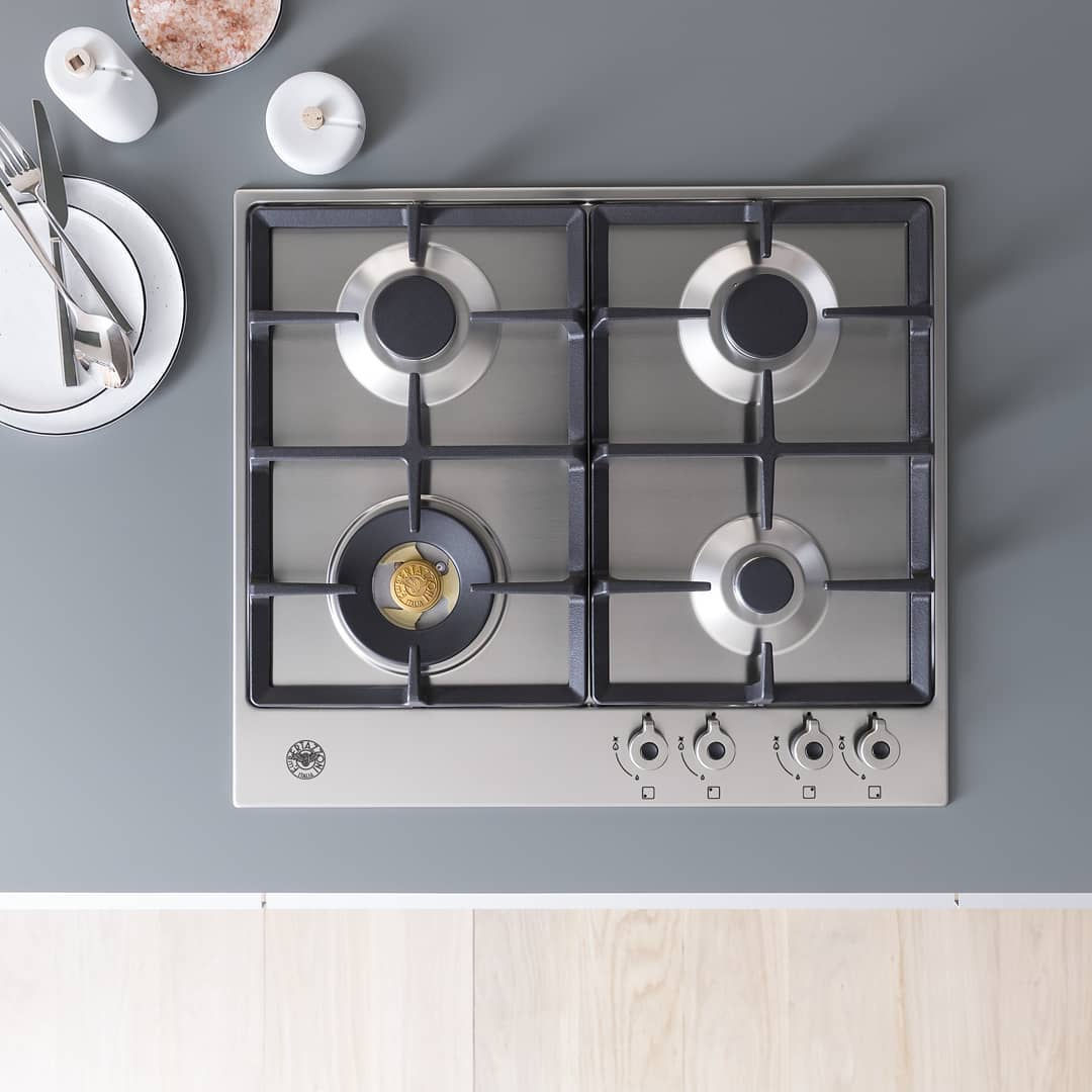 Choosing between BTO household items like gas and induction stove can be difficult