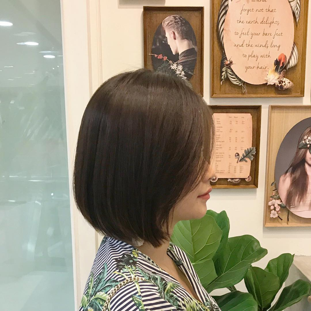 short hairstyles for women - angled lob