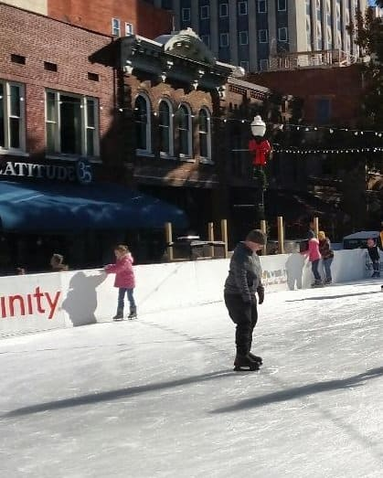 Market Square Iceskating Knoxville Holiday Farmers Market thesmokies.momexplores.com