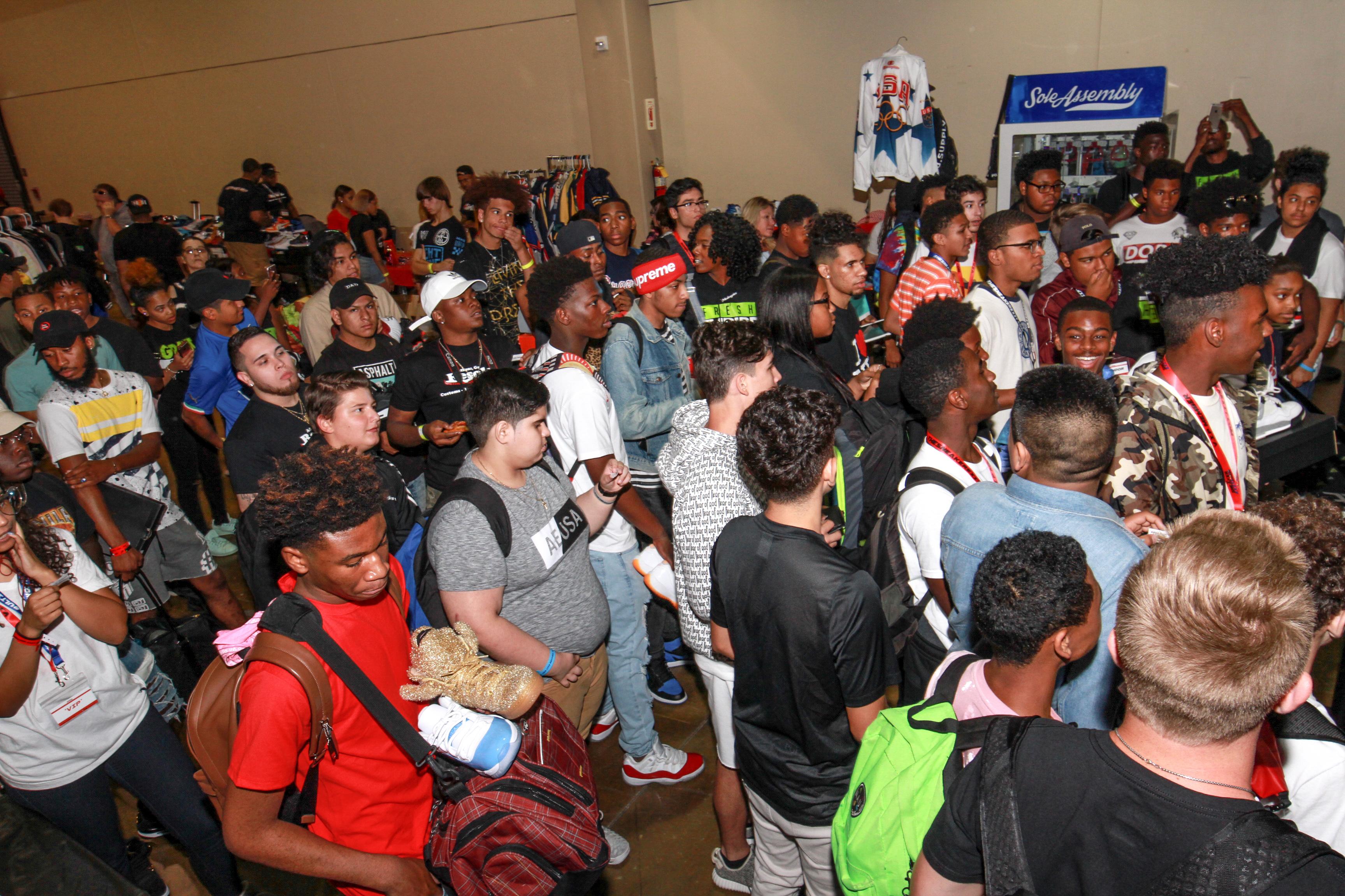 Fresh Empire Atlanta SneakerExit Joi Pearson Photography-245