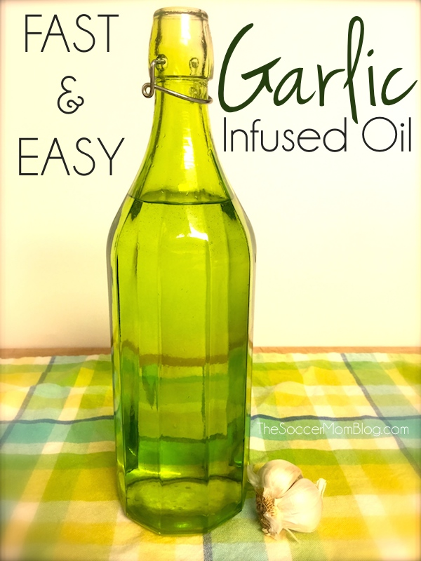 With this amazing kitchen hack you can make fried garlic AND garlic infused oil at the same time - in less than 5 minutes - in your microwave!
