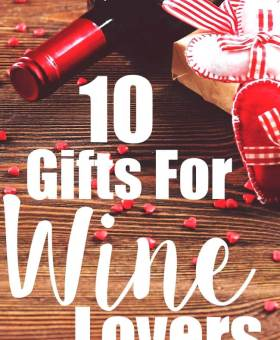 10 Gifts for Wine Lovers …That They'll Actually Use!