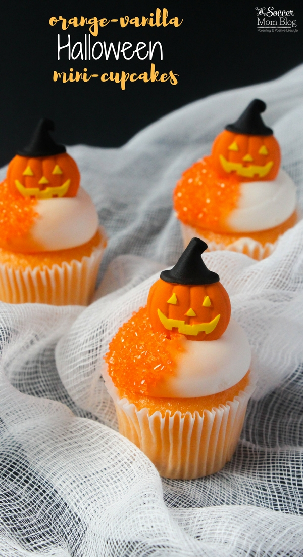 These Creamsicle-flavored Orange Halloween Cupcakes are the perfect pumpkin alternative! A tantalizing combination of smooth vanilla and juicy orange fruit.