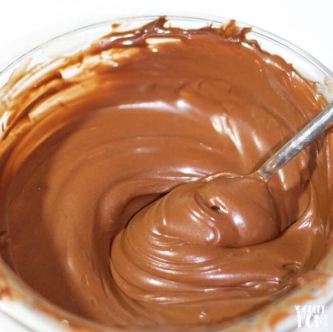 Healthy Chocolate Coconut Oil Frosting (Only 2 Ingredients!)