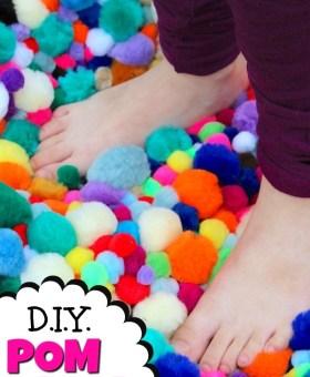 Easy DIY Pom Pom Rug