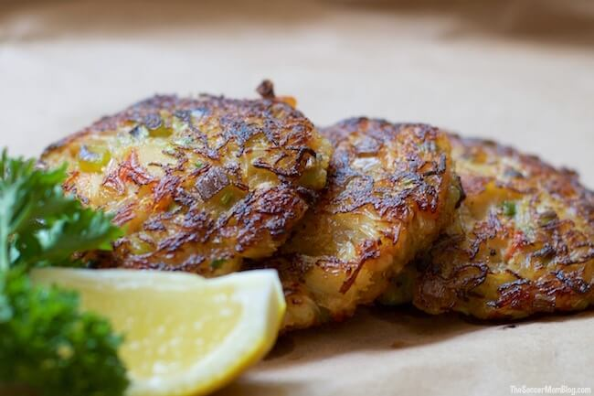 All good stuff and no filler!! These gluten free crab cakes are made with spaghetti squash, so they're lower in carbs too! Healthy, delicious, and easy!