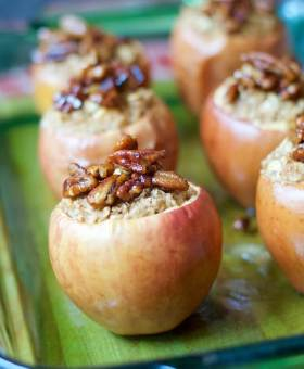 Oatmeal Stuffed Apples with Candied Pecans