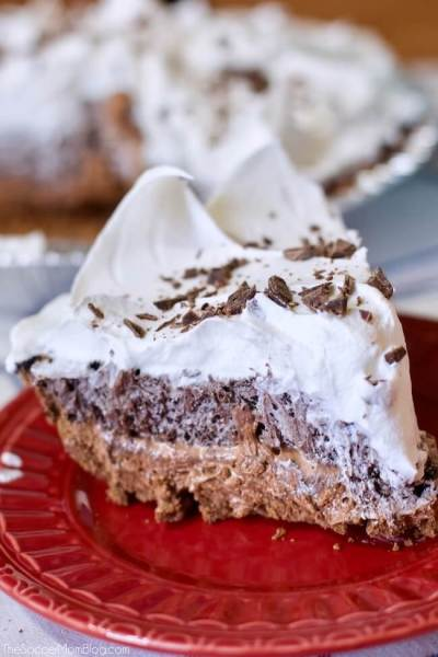 Easy No-Bake Cookie Pie
