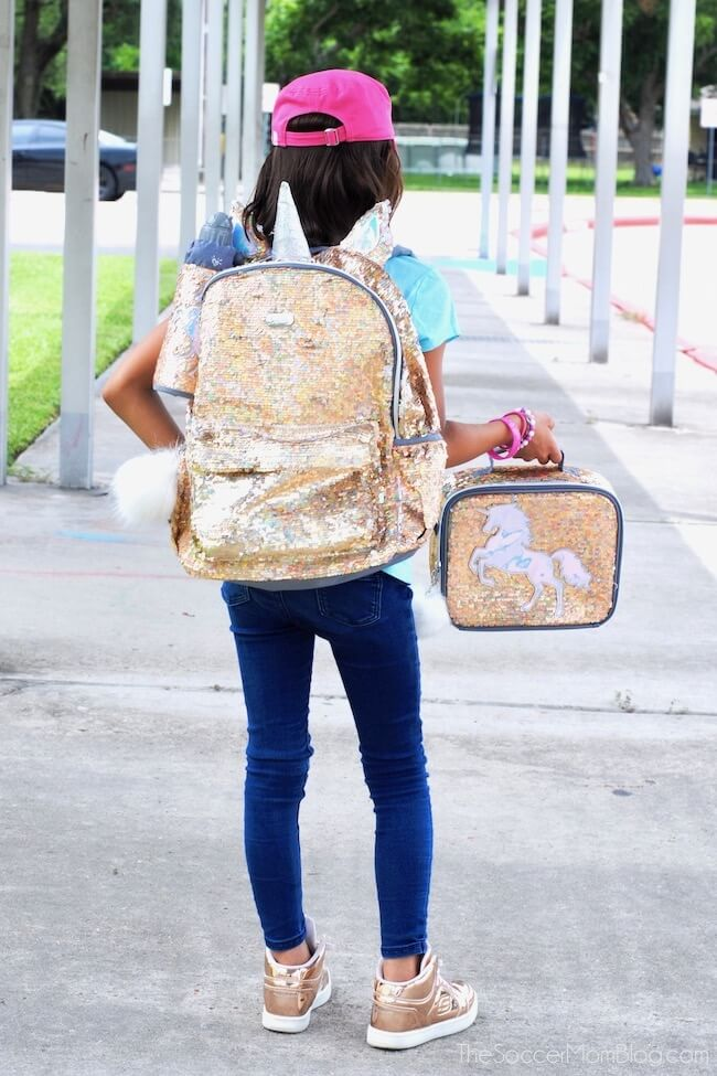 "You're guaranteed to be the ""cool"" parent when you know all the girls backpack trends for 2018 that your daughter will love!"
