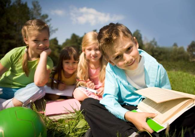 How to save money on books and build friendships by starting a kids book club.